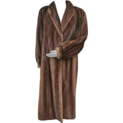 Givenchy Haute Fourrures Demi Buff Mink Fur Coat (size 12 - M) found on Bargain Bro India from 1stDibs for $5000.00