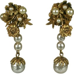 Miriam Haskell Elaborate Pearl And Gilt Long Earclips found on Bargain Bro India from 1stDibs for $595.00