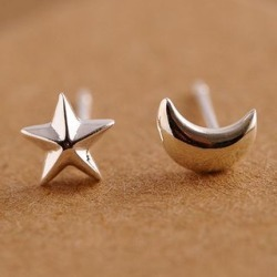 Moon and Star Stud Earring found on Bargain Bro India from yes style for $4.90