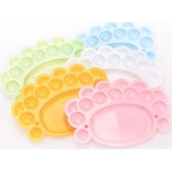Plastic Paint Tray Palette found on Bargain Bro India from yes style for $9.90