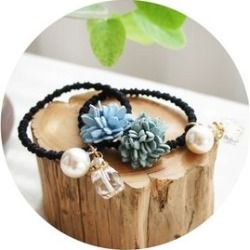 Faux Pearl Bead & Flower Hair Tie found on Bargain Bro India from yes style for $3.90