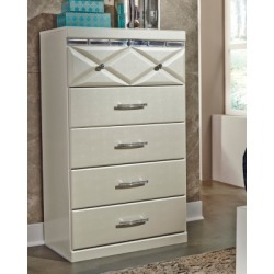 Dreamur Chest of Drawers, Champagne