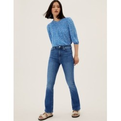 Marks & Spencer High Waisted Flared Jeans - Medium Indigo - US 6 found on Bargain Bro India from Marks and Spencers - US for $50.00