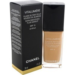 Chanel Women's 1oz #25 Petale Vitalumiere Moisture-Rich Radiance Sunscreen Fluid Makeup SPF 15 found on Bargain Bro Philippines from Gilt City for $49.99