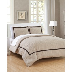 Chic Home Dawn Duvet Cover Set found on Bargain Bro Philippines from Ruelala for $148.00