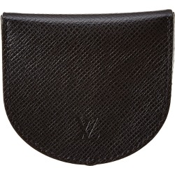 Louis Vuitton Black Taiga Leather Cuvette found on Bargain Bro Philippines from Ruelala for $300.00