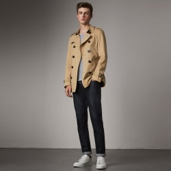 Burberry The Chelsea - Short Trench Coat, Size: 44, Yellow found on MODAPINS from Burberry for USD $1690.00