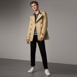 Burberry The Kensington - Short Trench Coat, Size: 42, Yellow found on MODAPINS from Burberry for USD $1690.00