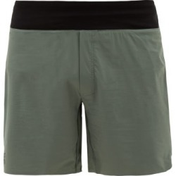 On - Lightweight Technical-jersey Running Shorts - Mens - Green found on Bargain Bro India from MATCHESFASHION.COM - AU for $73.10