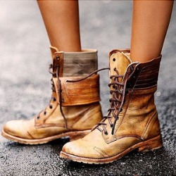 Berrylook Distressed Round Toe Boots clothing stores, clothes shopping near me,