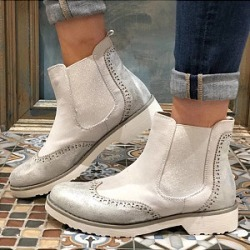 Berrylook Flat Velvet Round Toe Casual Outdoor Short Flat Boots clothing stores, clothes shopping near me,