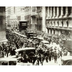 Posterazzi SAL9903027 Crowd in a Street Wall Street Stock Market Crash USA 1929 Poster Print - 18 x 24 in.