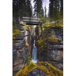 Posterazzi DPI1779403 Maligne Canyon Waterfall Jasper National Park Jasper Alberta Canada Poster Print by Carson Ganci, 11 x 17