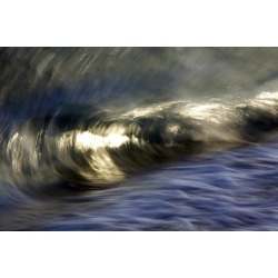 Posterazzi DPI12305493 Ocean Wave Blurred by Motion - Hawaii United States of America Poster Print by Vince Cavataio, 19 x 12