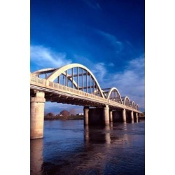 Balclutha Bridge and Clutha River New Zealand Poster Print by David Wall (18 x 28)