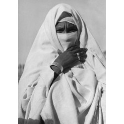 Posterazzi SAL990359096 Portrait of Woman Wearing Abaya Poster Print - 18 x 24 in.
