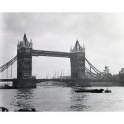 Posterazzi SAL25547139 Tower Bridge London England Poster Print - 18 x 24 in.