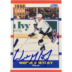 Wayne Gretzky Signed 1990 Score Trading Card JSA Q73281