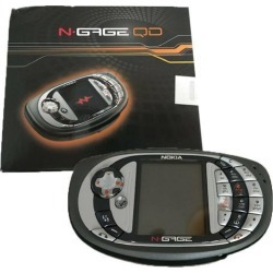 Nokia N-Gage QD 3.4MB Mobile Phone Gaming Bundle with Moto GP (GSM Only, No CDMA) Factory Unlocked 2G GSM Cellphone - Grey
