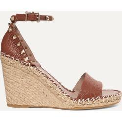 Valentino - Valentino Garavani The Rockstud Textured-leather Espadrille Wedge Sandals - Tan