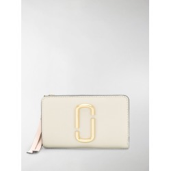Marc Jacobs The Snapshot compact wallet found on Bargain Bro UK from MODES GLOBAL