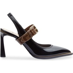 Fendi strapped pointed pumps - Black found on Bargain Bro India from FARFETCH.COM Australia for $993.90