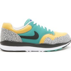 Nike air Safari Se Shoes F found on Bargain Bro UK from Italist
