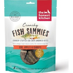 The Honest Kitchen Crunchy Fish Sammies Cod Stuffed with Carrots & Apples Natural Dog Treats 3.5-oz