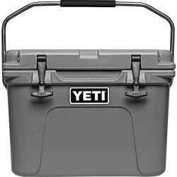 YETI Roadie 20 Cooler, Charcoal