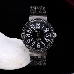 Watches Luxury Rhinestone Ladies Watch Fashion title=