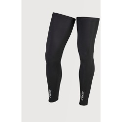 2XU Cycle Leg Warmers - Unisex found on MODAPINS from The Last Hunt for USD $31.45