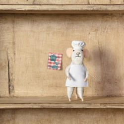 Felt Chef Mouse found on Bargain Bro Philippines from Carlyle Avenue for $11.50