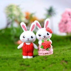 Costbuys  2pc/lot Lovely Rabbit couple Accessories Doll House Decoration animal models plastic girl toy - With Flower
