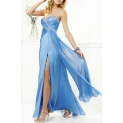 Faviana Gown found on Bargain Bro Philippines from Shoptiques for $99.75