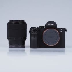 Sony Alpha A7II Mirrorless Digital Cameras with 28-70mm lens ILCE-7M2K