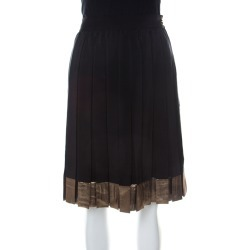 Gucci Black Silk Gold hem Detail Pleated Skirt M found on MODAPINS from The Luxury Closet for USD $395.46