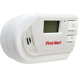 First Alert Plug-in Electrochemical Explosive Gas and Carbon Monoxide Detector found on Bargain Bro India from acehardware.com for $59.99