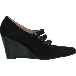 MAJORA Pumps found on Bargain Bro India from yoox.com for $169.00
