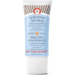 First Aid Beauty Ultra Repair® Tint Cream SPF30 30ml Medium found on Bargain Bro UK from Feelunique (UK)