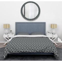 Designart 'Floral 3d Pattern Background.' Mid-Century Duvet Cover Set (Full/Queen Cover +2 Shams (comforter not included)), Black, DESIGN ART found on Bargain Bro India from Overstock for $113.89