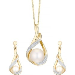 9ct Yellow Gold Cultured Freshwater Pearl Set found on Bargain Bro UK from Ernest Jones UK