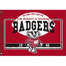 University of Wisconsin-Madison Linen Estate Flag found on Bargain Bro Philippines from balfour for $67.99