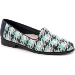 Women's Liz Flats by Trotters in Navy Multi (Size 7 M) found on Bargain Bro Philippines from Woman Within for $94.99