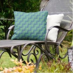Rockport Color Contrast Basketweave Indoor/Outdoor Pillow by Havenside Home (16 x 16 - Blue & Green - UV Resistant), Multicolor(Synthetic Fiber, found on Bargain Bro Philippines from Overstock for $56.49