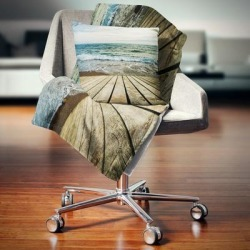 Designart 'Wooden Pier in Waving Sea' Seascape Throw Blanket (71 in. x 59 in.), Brown, DESIGN ART found on Bargain Bro from Overstock for USD $40.69