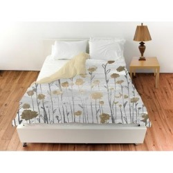 Oliver Gal 'Floral Royal Garden'Duvet Cover (Twin), White, The Oliver Gal Artist Co. found on Bargain Bro from Overstock for USD $91.69