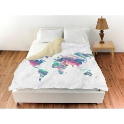 Oliver Gal 'Mapamundi Holo Marble'Duvet Cover (King), White, The Oliver Gal Artist Co. found on Bargain Bro from Overstock for USD $121.74