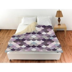 Oliver Gal 'Amethyst Holographic Mermaid Scales'Duvet Cover (Queen), Gray, The Oliver Gal Artist Co. found on Bargain Bro from Overstock for USD $113.98