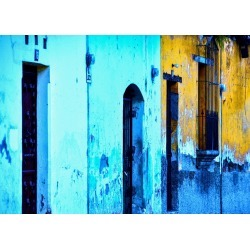 Altered tones on a deteriorated wall