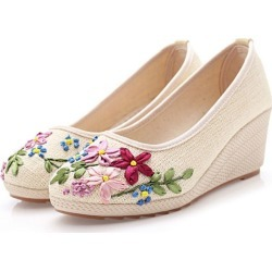 Women Flat Casual Loafers Round Toe Flats found on Bargain Bro India from Zilingo AU for $34.66